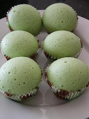 Steamed Pandan Sponge Cake Recipe