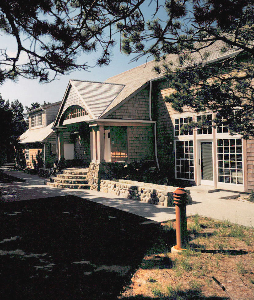 Mcm Design Oregon Coast House 2