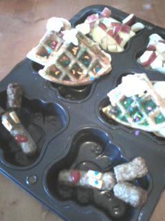 Easy Christmas Tree Waffle Ideas for Kids Holiday Breakfast.