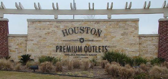Houston Premium Outlets® offers designer and name-brand outlet stores including Armani Outlet, Burberry, Nike, Kate Spade New York and Tory Burch. We are conveniently located in northwest Houston off of U.S. Highway West at Fairfield Place Drive; approximately 35 minutes from downtown Houston and the Galleria uptown district.