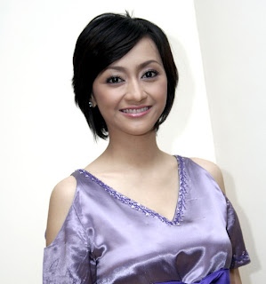 7 Presenter Sepak Bola Indonesia Tercantik.serbatujuh.blogspot.com