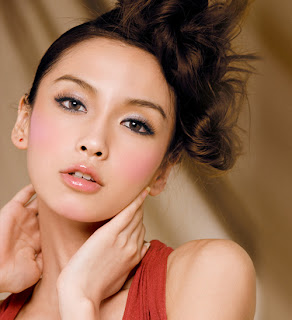 funkiimonkee & dumbo: Angelababy Blushing Cheeks Look