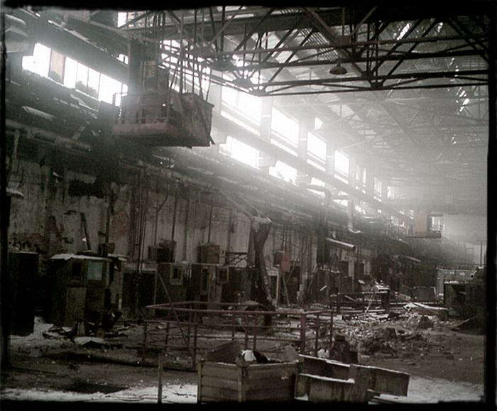 Russia s azlk car factory was built in 1930 s after the end of soviet