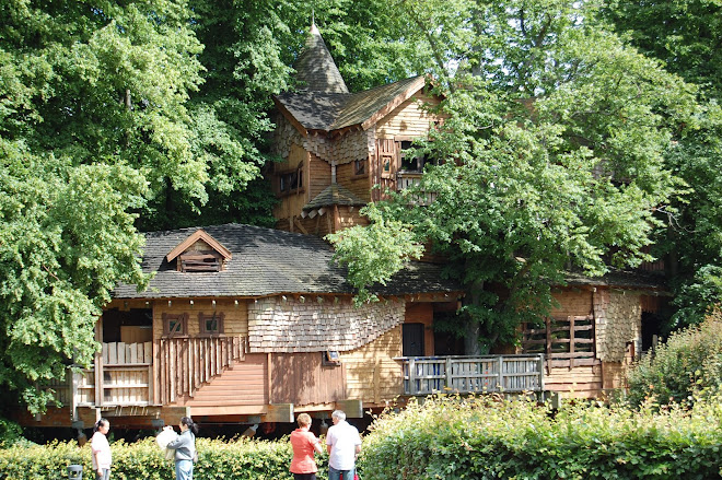 The Treehouse,  Alnwick Garden