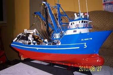 Barco a Escala de 450 Toneladas