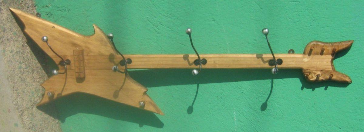 Dise o arte y manualidades todo para decoraciones for Percheros de madera para pared