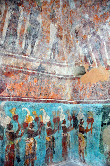 The life of anj i vamos a m xico iii palenque for Bonampak mural painting