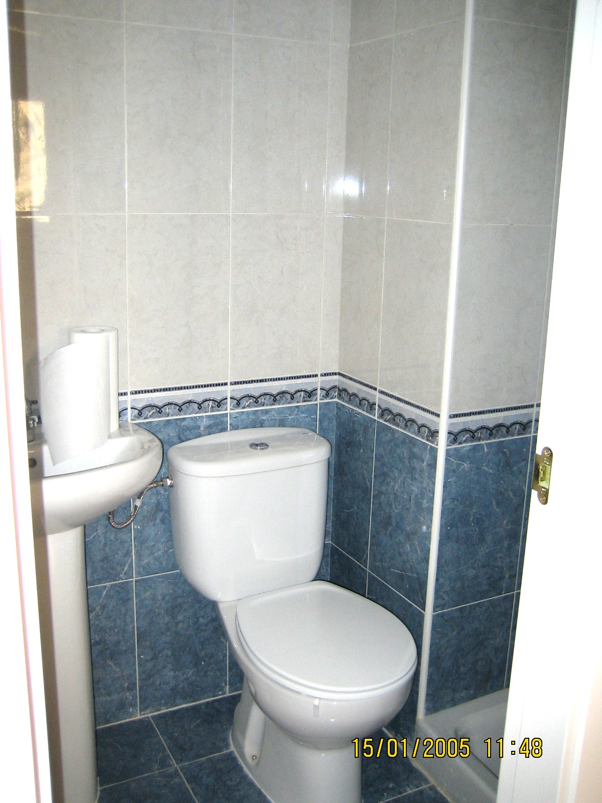 bao pequeno de azulejos para banos pequenos bao pequeno azulejos
