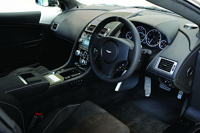 Aston Martin V12 Vantage Carbon Black Special Edition Interior