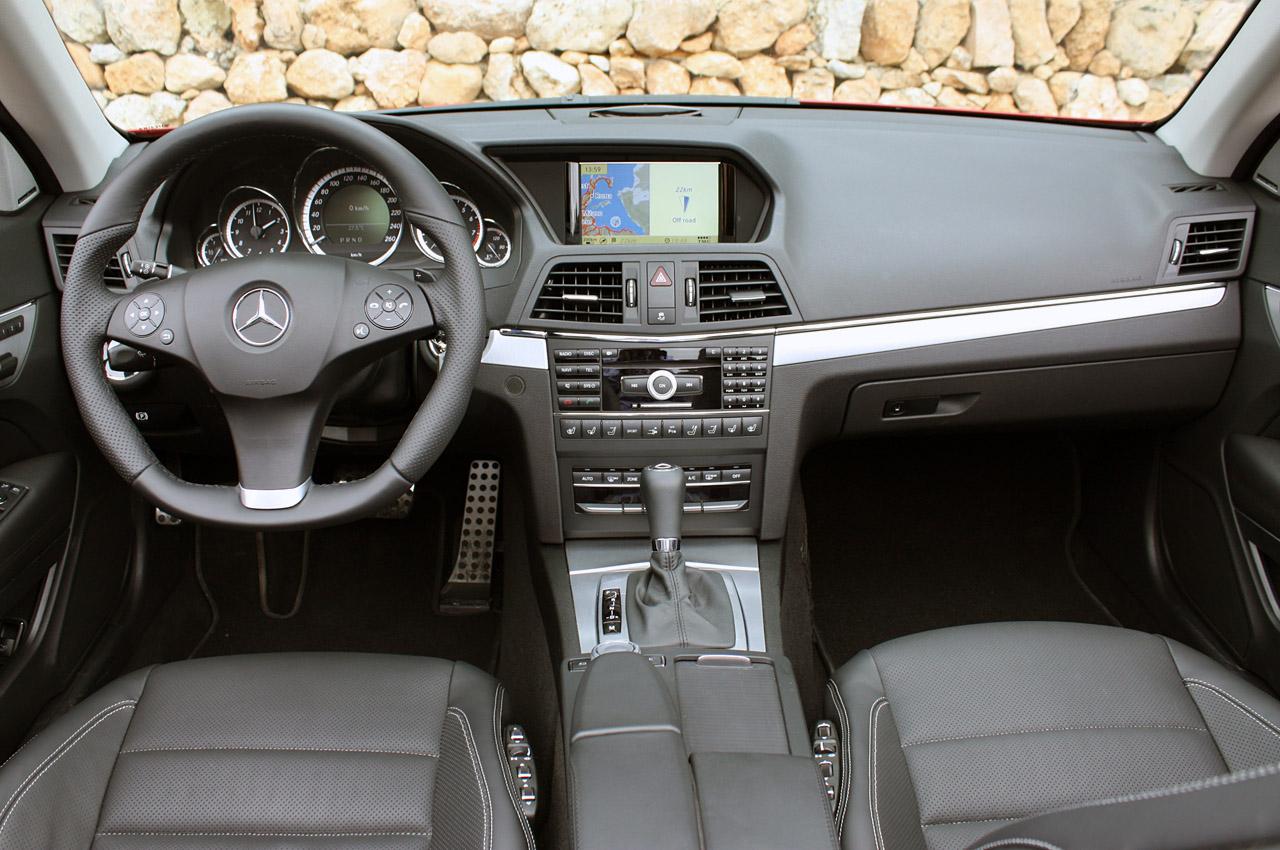 2011 Mercedes-Benz E550 Cabriolet Interior