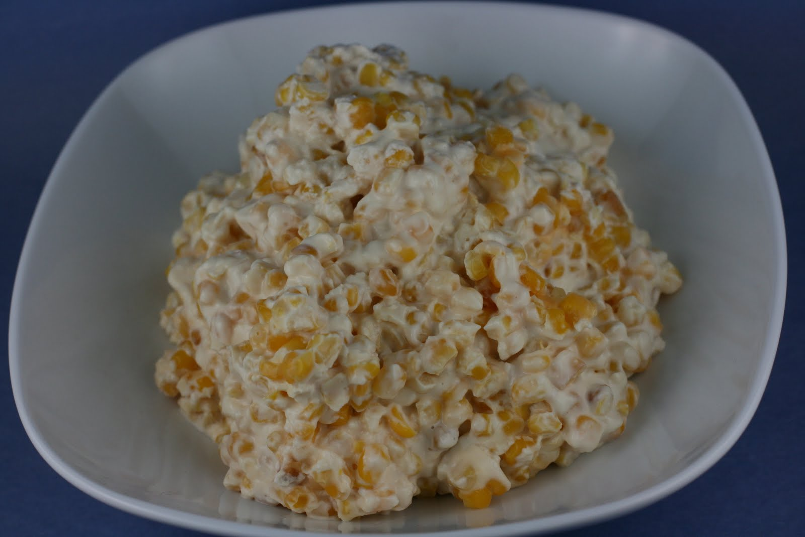 Year of Slow Cooking: Slow Cooker Cheesy Creamed Corn Recipe
