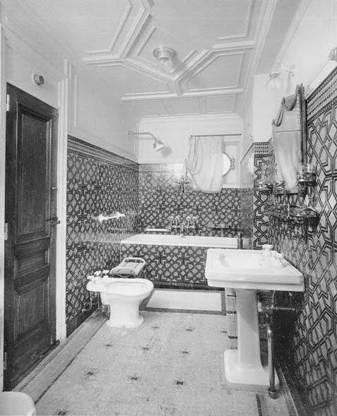 Pin parete per vasche da bagno on pinterest - Vasche da bagno di lusso ...