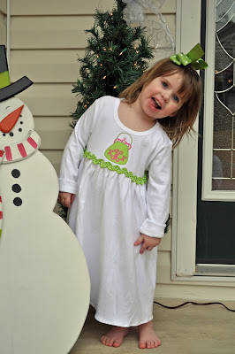 Knitted Dress on Sewing  Playing And Loving   Appliqued Monag Kids Knit Dresses