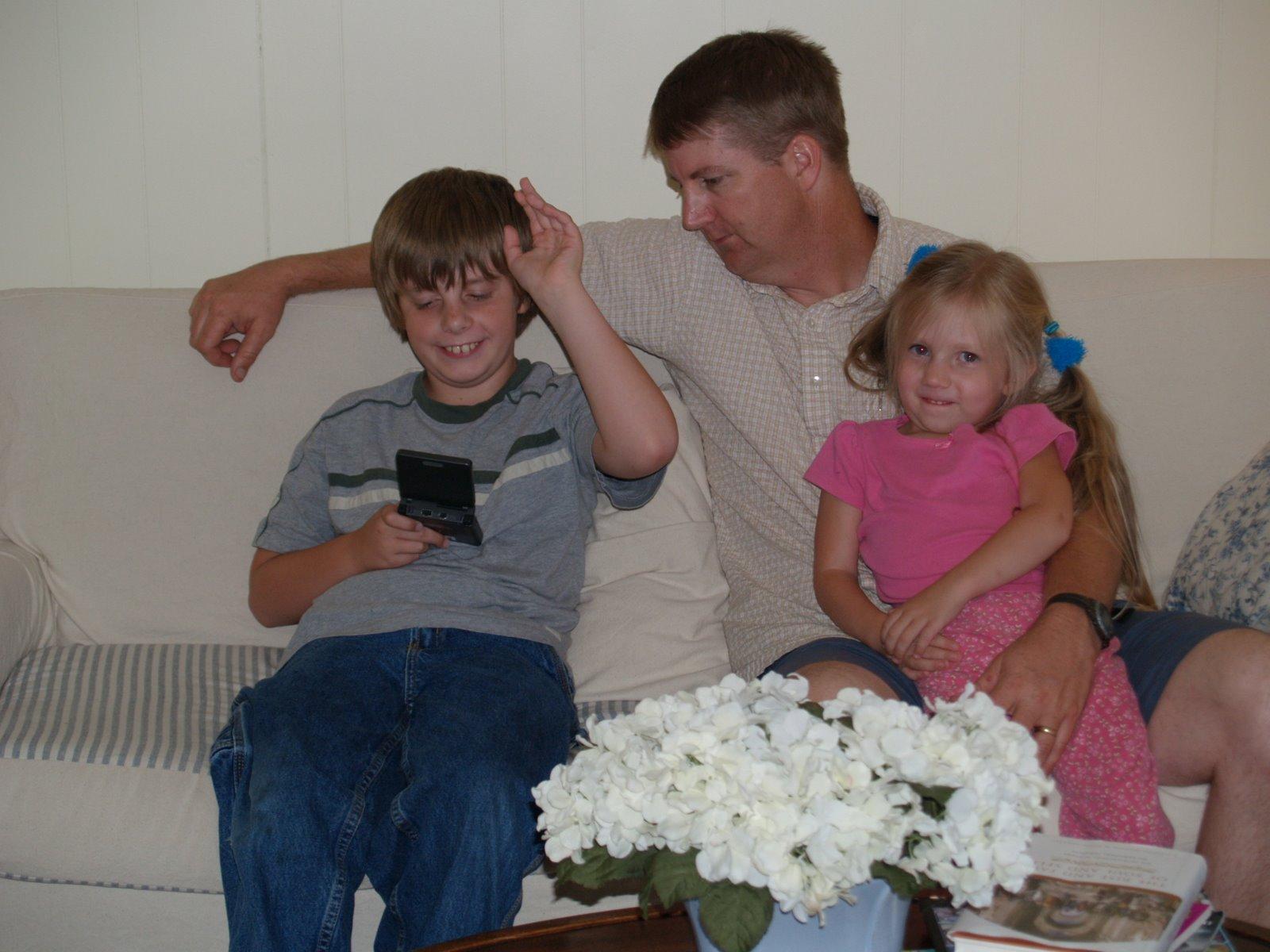 [Tom+and+Kids]
