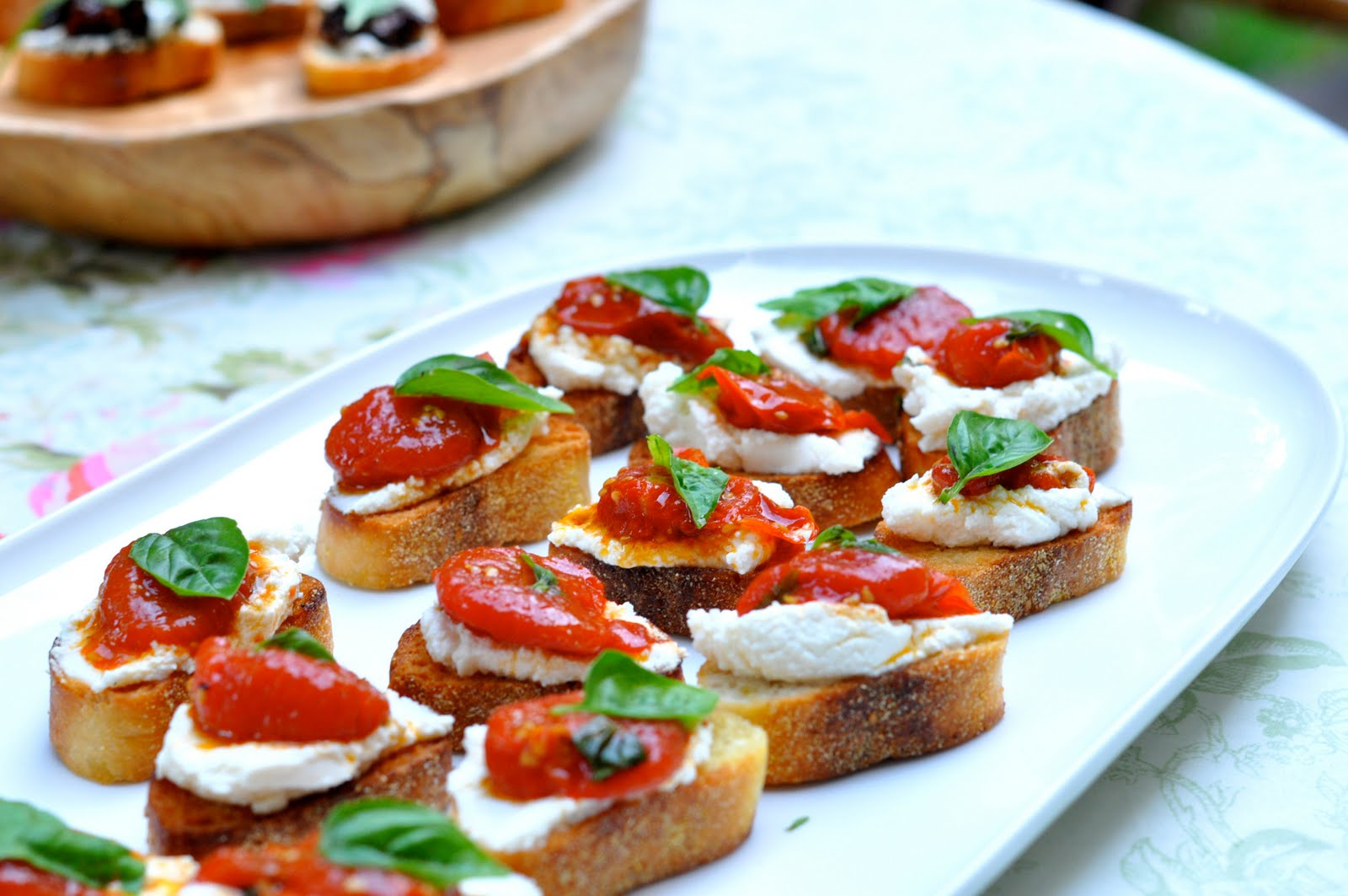 Tomato Crostini Recipes — Dishmaps