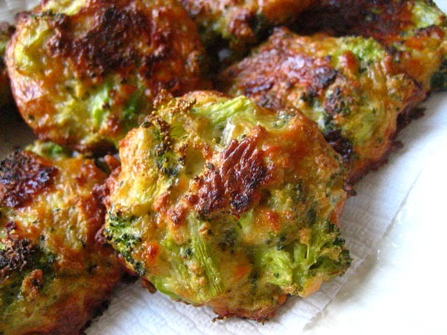 Aug 21,  · While Broccoli Cheddar Bites are so delicious and cheesy on their own, especially with a vegan garlic butter sauce, I am a big fan of dipping sauces. Just call me saucy! Ha! My favorites for Broccoli Cheese Bites are a nice, smooth Dijon mustard 5/5(3).