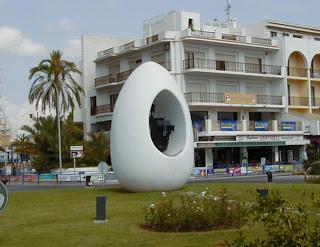 Колумбово яйцо в Сан Антонио, Ибица