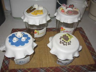 frascos em biscuit