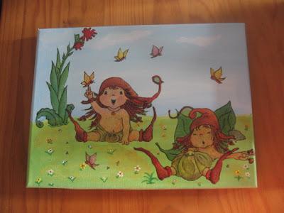 tela infantil com pintura em acrílico e découpage