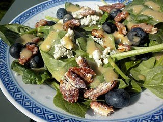 Spinach Salad with Blueberries and Gorgonzola