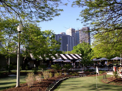 The Green at Grant Park in downtown Chicago, golf + food and beer