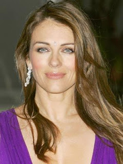 Hollywood Actress Elizabeth Hurley Hot Wallpapers