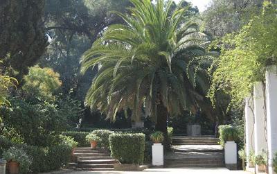 Hablemos de jardines empieza la primavera en los jardines for Jardines laribal