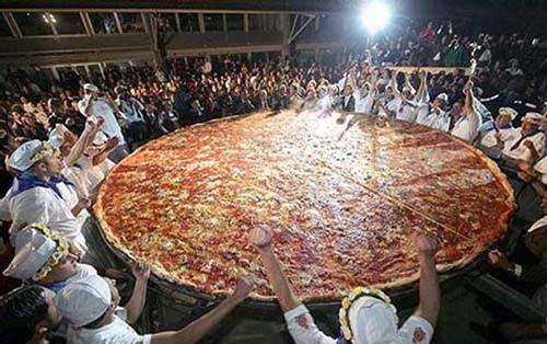 Aqu las comidas m s grandes del mundo taringa for Mundo pizza la algaba