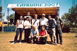 Con los cólegas periodistas en Cahuané 2007