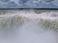 Yriapú, el rugido del agua