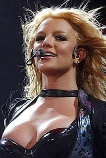 britney overexposed narrowweb  300x449%252C0 Hot Britney Spears Photos Gallery / Wallpapers