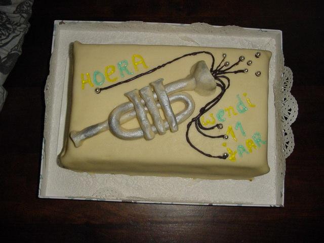 trompet taart voor Wendi