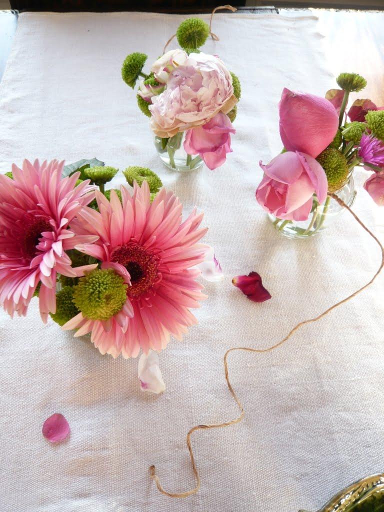 Come realizzare una piccola ma graziosa decorazione for Decorazione floreale