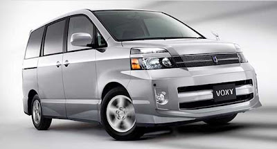 Toyota VOXY 2 generacion