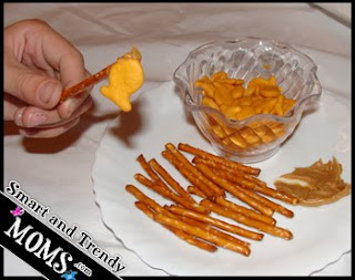 Fun Goldfish Snack - Ideas for Moms