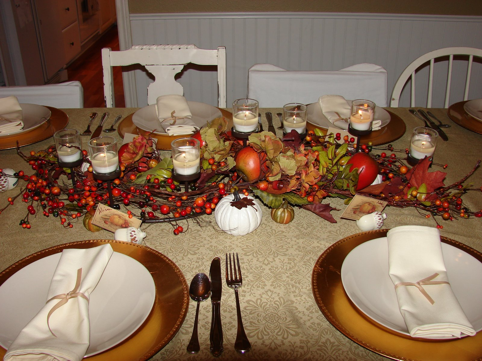 Whistlestop cafe cooking centerpiece of the month november for Home made thanksgiving decorations