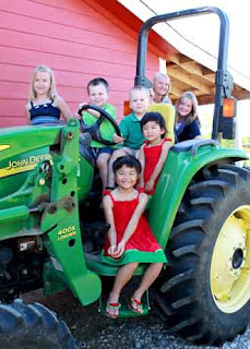 Southlake childrens photography photo of grandchildren on tractor