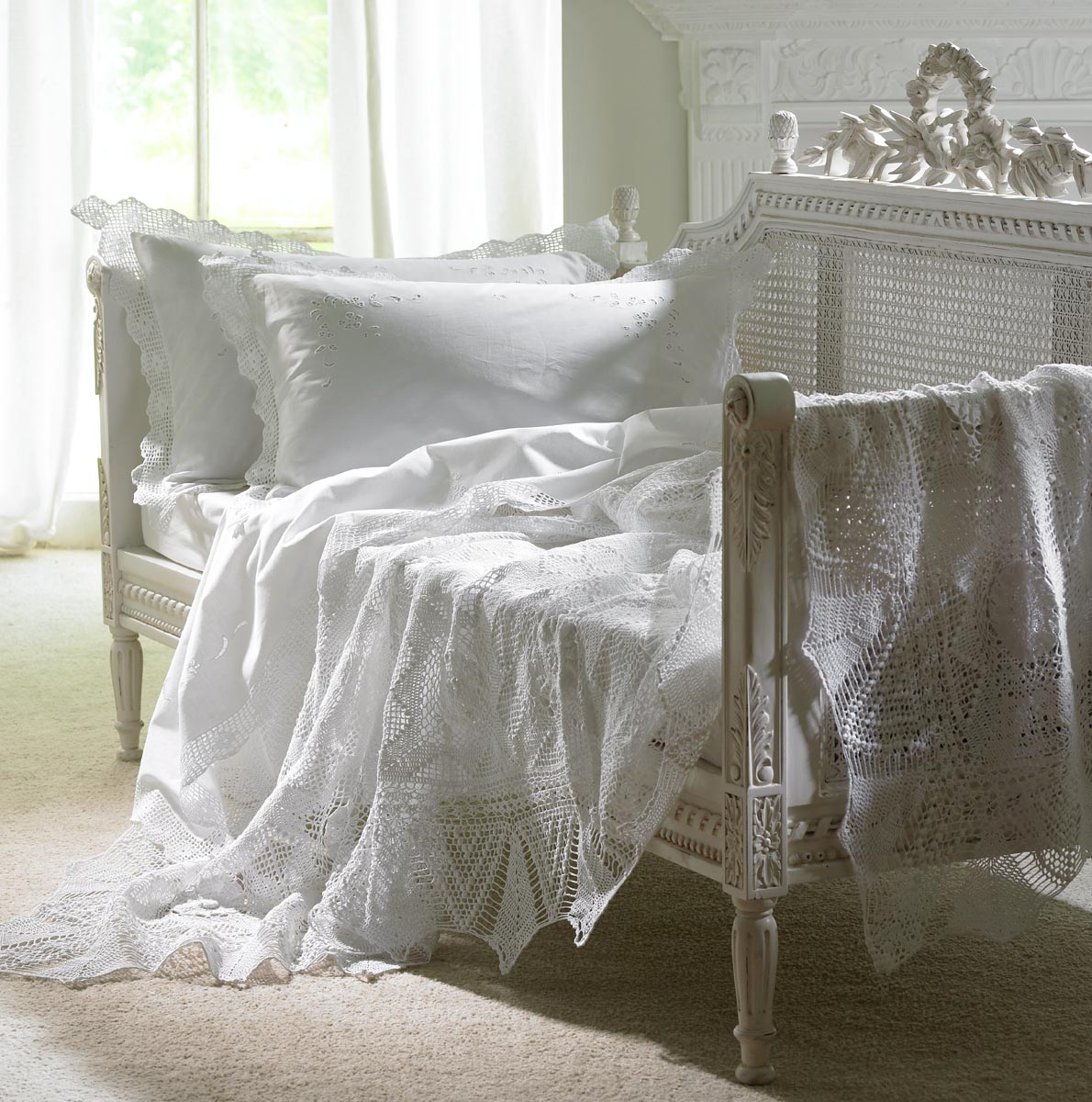 American Traditions Bedding furthermore Bogolan also Collection also Inspired Friday White Romance in addition Flowers And Fashion. on oscar de la renta bedspread