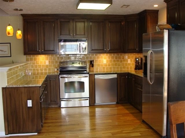 Lucky star faux finishes old sunwashed maple cabinets for Chocolate brown cabinets