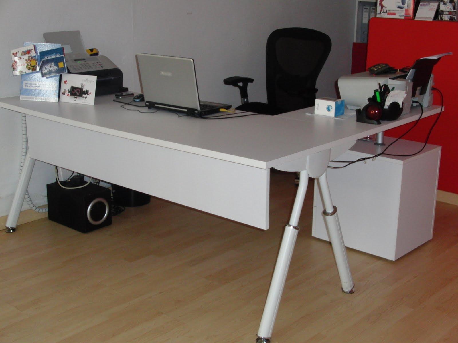 Outlet mobiliario mesa ordenador estudio for Mesa estudio