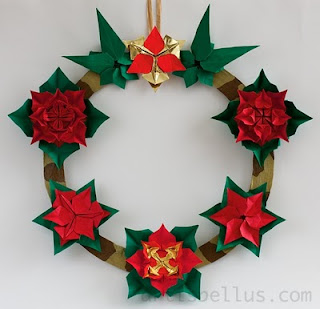 Origami Christmas Poinsettia Wreath