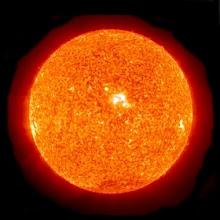¿Te gustaría conocer el Sol de cerca ?