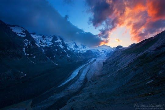 Glacier sunset by Matthias Haltenhof