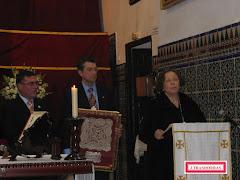 Doña Ana de Palacio en el funeral por el alma de Doña Loyola de Palacio.