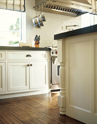 Red Door Market Kitchen Island Trim