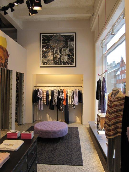 Signature clothing store