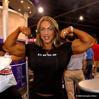 The Bigger the Better - Female Bodyduilders: July 2009