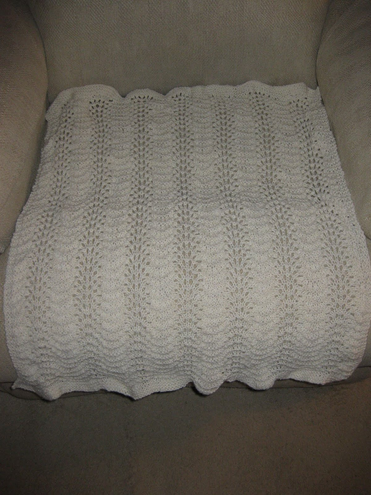 Feather And Fan Baby Blanket Knitting Pattern : Have Ewe Any Wool?: Knitting Progress