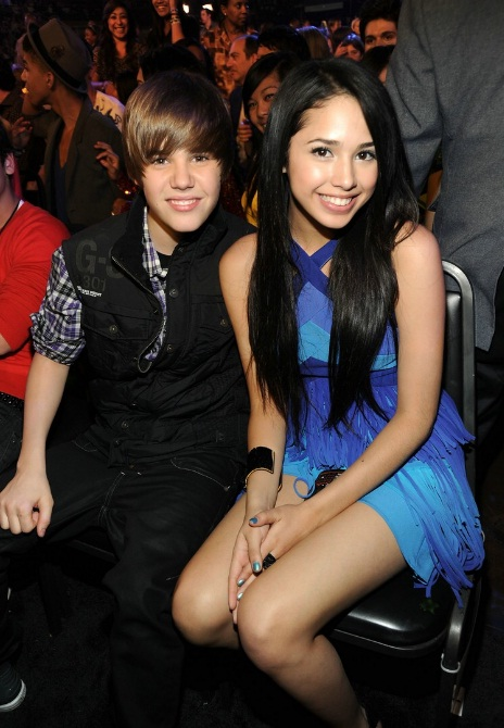 "Justin Bieber on Jasmine V: ""It was only a kiss"""