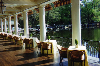New York City Boathouse Restaurant In Central Park - Central park on east 72nd street